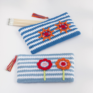crochet_pencil_cases