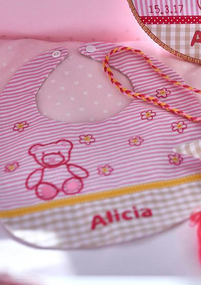 0022162-00000_03_Anchor_BabyParty_Bib-Bear-A4_1.jpg