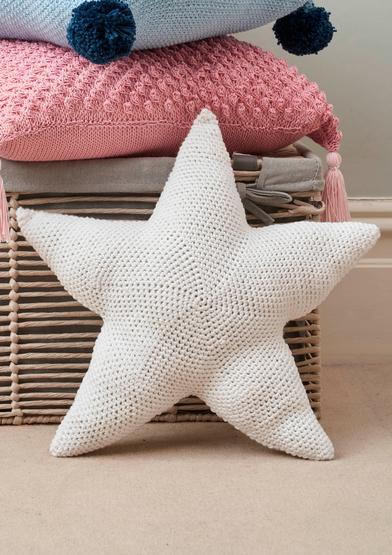 0022259-00001-04 Anchor Lovely Dreams star cushion_A4.jpg