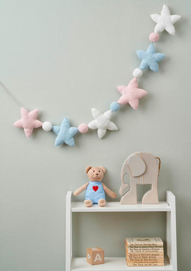0022259-00001-06 Anchor Lovely Dreams star and ball bunting_A4.jpg