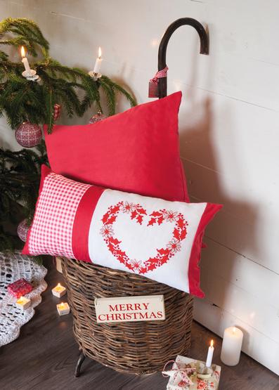 0022287-00001-01  Anchor Welcome Winter Heart Cushions.tif_.jpg