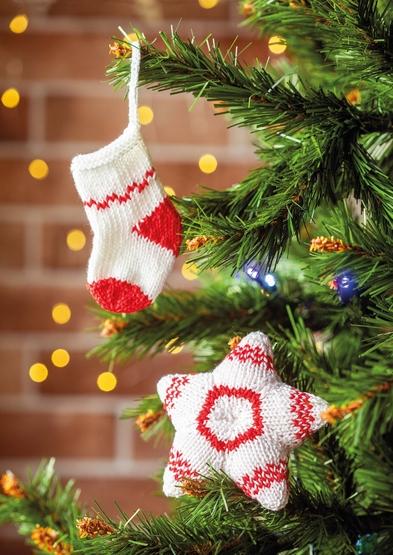 0022366-00001-31 Cute hanging sock and star A4.jpg