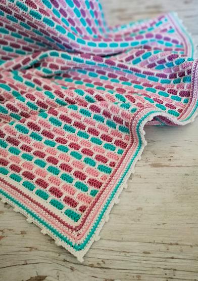 ANC0003-46_Smooth Tiles Blanket_A4.jpg