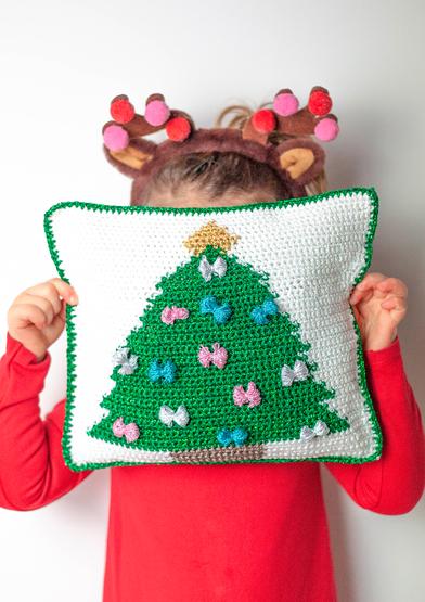 ANC0003-52_Christmas Cushion_A4_0.jpg