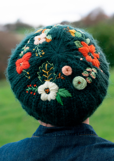 ANC0003-54_Embroidered beret_A4.jpg