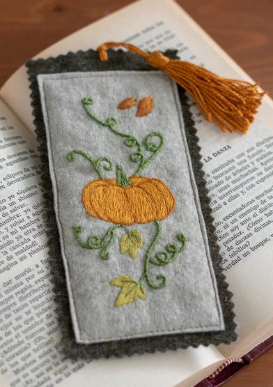 ANC0003-93_Pumpkin bookmark_A4.jpg