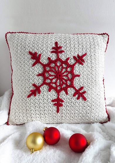 ANC0003-99_Christmas Snowflake Pillow_A4.jpg