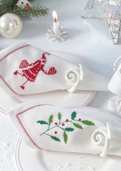 Anchor Enchanting Christmas Napkins 0060003-00709-05_3.jpg