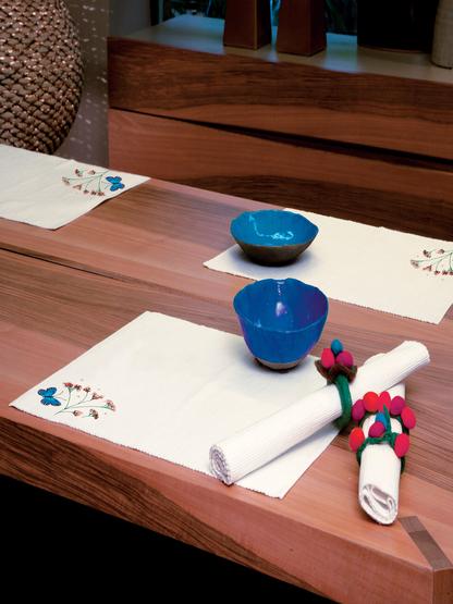 tablecloth-slide-132_1.jpg